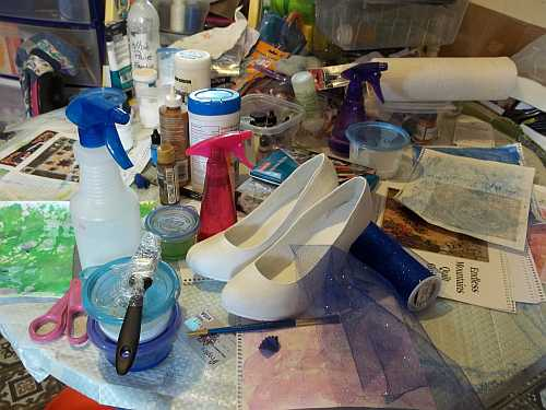 Art Therapy Table- There is a kitchen table under there somewhere....